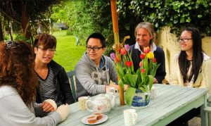 Trai he tieng Anh Canada - Homestay