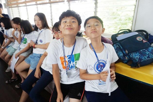 Trai he Tieng Anh VietPhil Camp tai truong EMO - Hung bien tieng Anh 4