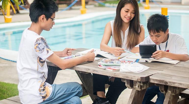 [VietPhil Camp] C2 UBEC – Góc nhìn chi tiết về chương trình học của trường