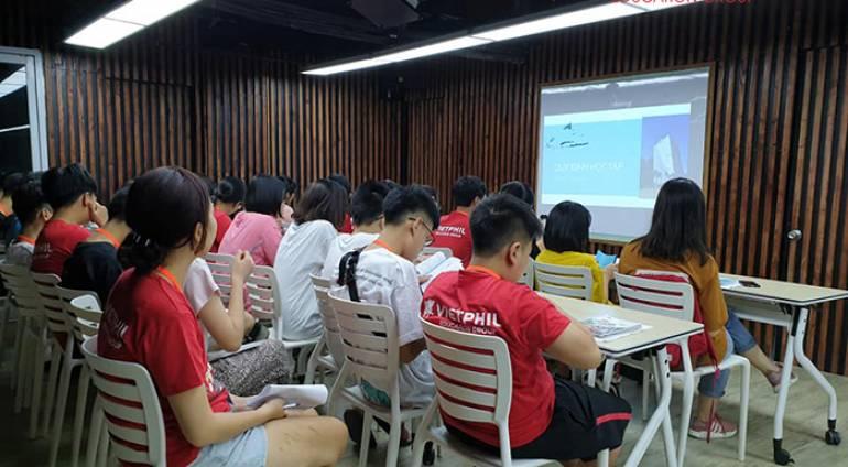 [VIETPHIL CAMP 2019] Ngày đầu tiên tại QQ English IT Park
